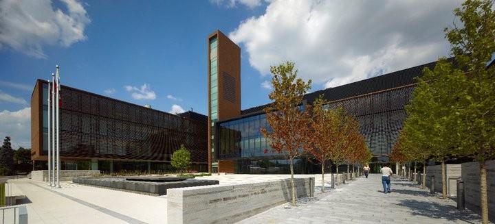 Vaughan Civic Centre 25